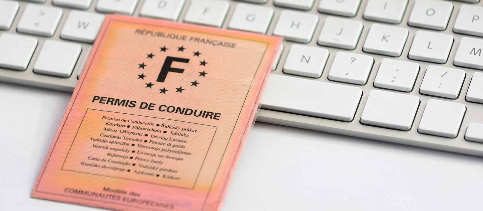 4 conseils pour ne pas perdre des points sur son permis de conduire - Grille permis de conduire ...